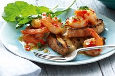 Tandoori Mixed Grill is the best healthy recipes and easy recipes to cook. Prawn Recipes, Best Chicken Recipes, Seafood Recipes, Chilli Garlic Prawns, Spicy Shrimp, Good Healthy Recipes, Vegetarian Recipes, Tasty Meals, Delicious Dishes