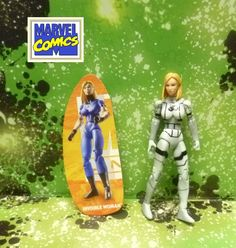 Hasbro Marvel Universe Invisible Woman Variation Loose & Complete Action Figure #Hasbro