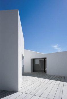 Barcelona based architect Carlos Ferrater