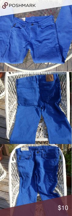 "??    Abercrombie Kids Blue Jeans.  ?? Azul straightleg blue jeans. Size 16. 30"" waist,  23"" inseam. Fabulous condition. Abercrombie & Fitch Pants Straight Leg"
