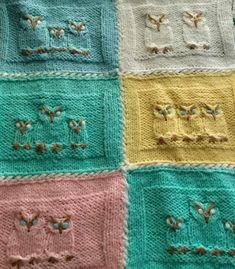 Free until April 30, 2018 Knitting Pattern for Hoot Hoot - Owl motif for baby blanket or throw. Designed by Cheryl Beckerich