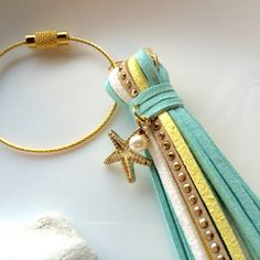 ≪送料無料≫タッセル バッグチャーム                   スターフィッシュ パール 夏 Fabric Earrings, Diy Earrings, Earrings Handmade, Handmade Jewelry, Tassel Jewelry, Leather Jewelry, Diy Jewelry, Jewelry Design, Leather Tassel Keychain