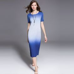 New arrival Women's dress folds Miyake High-end fashion large size thin Slim round neck short sleeve casual dress gradient -- Details can be found by clicking on the image.