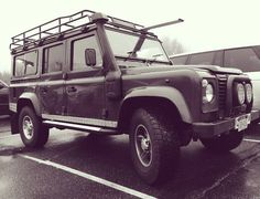 Special visitor at our Service Department today #cotd #instacar #landrover #defender #dealership #servicedept #defender110 #landroverdefender #landroverdefender110 #carsofinstagram by jaguarlandroversouthampton Special visitor at our Service Department today #cotd #instacar #landrover #defender #dealership #servicedept #defender110 #landroverdefender #landroverdefender110 #carsofinstagram