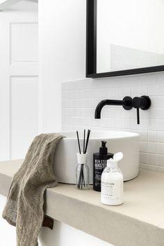 Kardashian Home Interior Bad Inspiration, Bathroom Inspiration, Home Decor Inspiration, Decor Ideas, Bathroom Styling, Bathroom Interior Design, Home Decor Quotes, Minimalist Home Interior, Hippie Home Decor