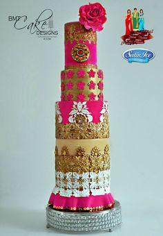 Elegant Indian Fashion - The Golden Blush