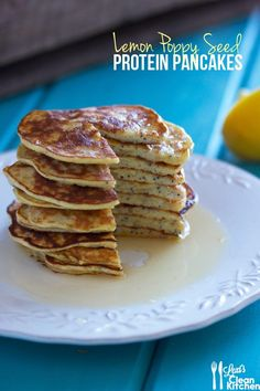 Lemon Poppy Seed Protein Pancakes - Lexi's Clean Kitchen maybe even use chia seeds instead of poppy Paleo Recipes Easy, High Protein Recipes, Clean Eating Recipes, Cooking Recipes, 300 Calorie Breakfast, High Protein Breakfast, Vegan Breakfast, Under 300 Calories, Eating For Weightloss