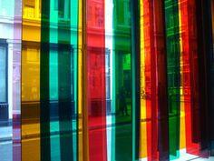 """Cruz Diez, Transchromie en exposición """"Riflemaker becomes Indica"""", 2006"""