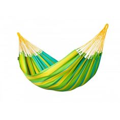 LA SIESTA single hammock Sonrisa Lime can be left outside all summer! Sonrisa is made of HamacTex® (polypropylene). This fibre is weatherproof, fast-drying and surprisingly similar to cotton in look and touch.   Sonrisa is from Colombia, where hammocks have always been an essential part of everyday life. A typical characteristic of all hammocks manufactured in Colombia is the open-loop-suspension.