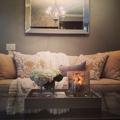 @lavieestbelledesign dresses her room beautifully with our #pillows #throw and #tray.