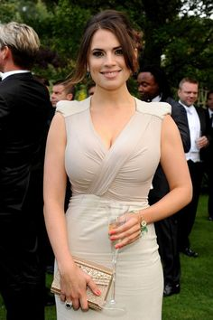 Hayley Atwell and Antonio Berardi Crepe and Ruched Chiffon Gown Photograph Hayley Atwell, Hayley Elizabeth Atwell, Beautiful Celebrities, Beautiful Actresses, Gorgeous Women, Gorgeous Girl, Celebrities Fashion, Beautiful Smile, Elite Model