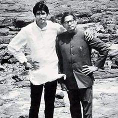 Ab Tak Bachchan | Big B along with father Harivanshrai Bachchan. | Celebrity Photos