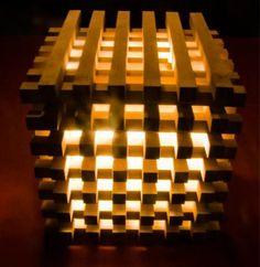 Кубическая лампа из брусков