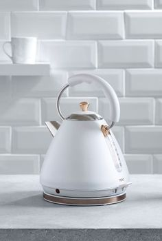 Cool Delonghi Vintage Icona Kettle In Green Would Add A