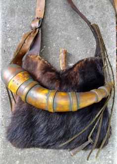 Contemporary Makers: Bear Skin Hunting Pouch and Powder Horn by Scott Sibley with Jack Hubbard Knife