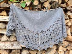 Ravelry: Peipponen pattern by Heidi Alander free Lace Knitting Patterns, Shawl Patterns, Lace Patterns, Knitting Designs, Hand Knitting, Knitting Machine, Knit Or Crochet, Crochet Shawl, Tunisian Crochet