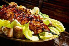 Brochetas de pollo y champiñones con salsa de miel y vinagreta balsámica receta