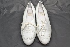 Bass Raleigh SlipOns Woman Size 55 by MetropolisNYCVintage on Etsy, $35.00