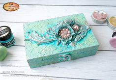 Hello dears! Ola here. Today I would like to share with you this cute Antique style jewelry box. Actually it was a simple wooden b...