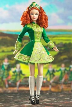 Looking for the Irish Dance Barbie Doll? Immerse yourself in Barbie history by visiting the official Barbie Signature Gallery today! Barbie Style, Barbie I, Barbie World, Barbie And Ken, Barbie Clothes, Barbie Gowns, Irish Step Dancing, Irish Dance, Beanie Babies