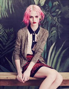 I always had a crush for pink hair! Charlotte Free by Elena Rendina for Wonderland Magazine As meninas do oh you pretty things convidara. Charlotte Free, Mode Editorials, Fashion Editorials, Daddys Little Girls, Grunge Girl, 90s Grunge, Grunge Style, Soft Grunge, Grunge Outfits