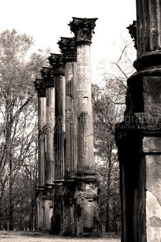 Windsor Ruins of Mississippi ~ It was once one of the largest, 25-room mansion homes built during the Civil War period. It burned by accidental fire soon after being built. It has been noted that Mark Twain would sit on the roof of the house and watch steamboats travel along the Mississippi River. The large columns are the only remains. It is located in rural Claiborne County, near the Natchez Trace Parkway