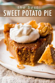 The most flavorful brown sugar and cinnamon spiced sweet potato pie! Easy homemade pie recipe on sallysbakingaddic… The most flavorful brown sugar and cinnamon spiced sweet potato pie! Easy homemade pie recipe on sallysbakingaddic… Mini Desserts, Just Desserts, Delicious Desserts, Dessert Recipes, Yummy Food, Sweets Recipe, Oreo Dessert, Brown Sugar Sweet Potatoes, Sweet Potato Recipes