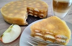 Osvěžijíci nepečený jablečný dortík s piškoty | NejRecept.cz Slovak Recipes, Czech Recipes, Sweet Recipes, Cake Recipes, Healthy Recipes, Cheesecake, Different Cakes, No Bake Cake, Apple Pie