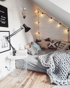 Cozy corner bed with soft lighting. - Cozy corner bed with soft lighting. Cozy corner bed with soft lighting. - Cozy corner bed with soft lighting. Bedroom Decor, Room Makeover, Dream Rooms, Room Design, Room Decor, Cozy Room, Small Bedroom, Room Inspiration, Apartment Decor