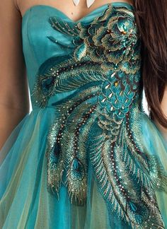 embroidered peacock feather formal Peacock Costume, Peacock Dress, Feather Dress, Bridal Outfits, Evening Gowns, Beautiful Dresses, Designer Dresses, Ball Gowns, Casual Dresses