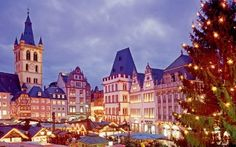 Beautiful Christmas market I went to every year in Trier, Germany