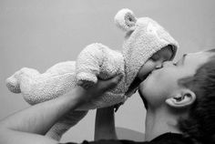 Sweet photo of dad and baby #fatherhood #dad #baby