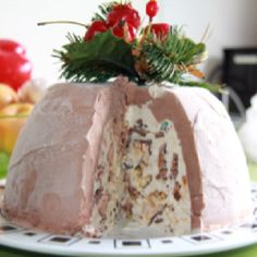 My favorite Christmas dessert :   A Christmas Ice Cream Bomb