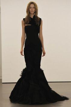 a2bd4630dbde 32 Best Dark Gothic Wedding images   Gothic wedding, Bridal gowns ...
