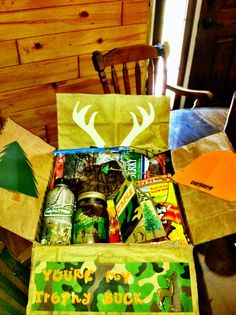 hunting theme care package for my son who can't hunt this year, great idea Missionary Packages, Deployment Care Packages, Deployment Gifts, Birthday Box, Birthday Gifts, Cute Gifts, Diy Gifts, Handmade Gifts, Thanksgiving Care Package