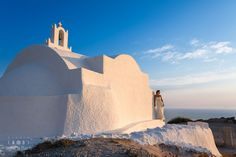 Book a Santorini photo shoot by Santorini photographer Alexander Hadji about the island & will make sure you will get the most out of your Santorini photo shoot! Santorini Photographer, Wedding Photos, Wedding Day, Santorini Wedding, More Photos, Light In The Dark, Monument Valley, Mount Rushmore, Wedding Photography