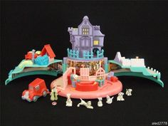 Rare Vintage Disney Polly pocket 101 dalmations Playset, 100% complete.