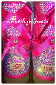 Best uggs black friday sale from our store online.Cheap ugg black friday sale with top quality.New Ugg boots outlet sale with clearance price. Ugg Winter Boots, Snow Boots, Winter Shoes, Ugg Classic Tall, Classic Mini, Uggs For Cheap, Ugg Slippers, Cute Boots, Fashion Boots