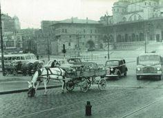 Eminönü, köprü girişi... 1948