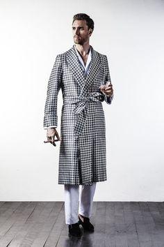 ~ Living a Beautiful Life ~ Black & Silver Houndstooth Silk Jacquard Dressing Gown Men's Robes, Male Kimono, Houndstooth Fabric, Men's Style, Style Men, Mens Sleepwear, Smoking Jacket, Elegant Man, Bespoke Tailoring