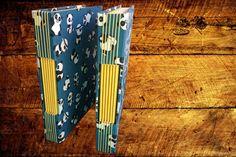 Caderno com Costura Longstitch e capa detecido em algodão. Uma capa divertida e fofa!