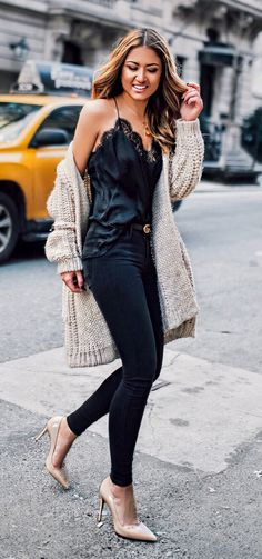 #spring #outfits Black Silk Tank Top & Black Skinny Jeans & Cream Cardigan & Nude Pumps