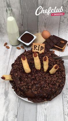 Bolo Halloween, Easy Halloween Snacks, Halloween Baking, Halloween Food For Party, Tasty Videos, Food Videos, Delicious Desserts, Dessert Recipes, Yummy Food
