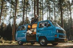 #vw #volkswagen #vwbus #bus #vwt3 #t3 #diesel #watercooled #vanagon #vwvan #camper #transporter #vwlife #vwlove #vwgirl #vwgirls #carlove… Vw T3 Camper, Vw Bus T3, Camper Van, Vw Transporter Conversions, Transporter T3, Classic Campers, Vw Classic, Volkswagen, Happy Bus