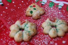 BLOG.ENTERTAININGBYTHEBAY.COM: Christmas By The Bay - Spritz Cookies