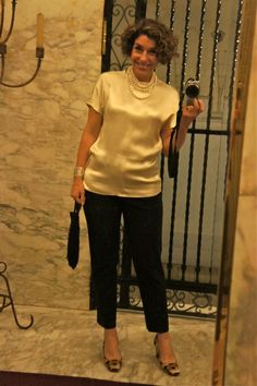 Fashion Outfits Over 50 Fit Ideas Fashion Over 40, 50 Fashion, Work Fashion, Trendy Fashion, Fashion Outfits, How To Look Classy, Look Chic, Mom Outfits, Classy Outfits