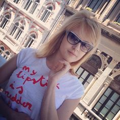 22 maggio: Alessia Milanese è di nuovo ospite del Goran Viler #Hair #SPA a #Trieste... a seguire live chat con i suoi follower per consigli sulla cura dei capelli! #fashion #sunglasses #blogger #fvg