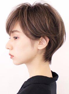 Aesthetic Hair, Short Cuts, Hair Goals, Short Hair Styles, Hair Makeup, Hair Cuts, Hair Beauty, Hair Color, Poses