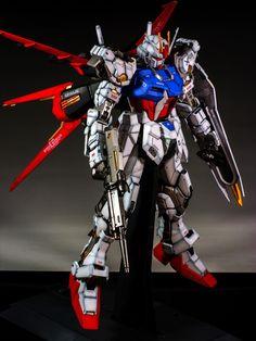 PG 1/60 GAT-X105 Strike Gundam + FX-550 Skygrasper: Modeled by masaki