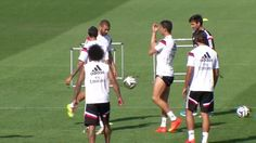Signal: The Real star seems to flick a rude gesture in the direction of Angel di Maria...
